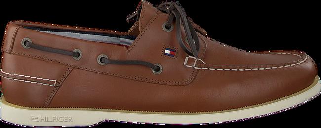 TOMMY HILFIGER Chaussures à enfiler CLASSIC BOATSHOE en marron  - large