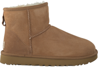 UGG Bottes fourrure CLASSIC MINI II en marron - medium