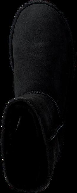 UGG Bottes fourrure CLASSIC SHORT II en noir - large