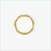 Gouden NOTRE-V Ring RING SCHAKEL ONE SIZE  - medium
