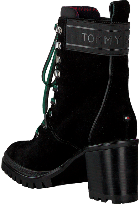 TOMMY HILFIGER Bottines à lacets SPORTY OUTDOOR MID HEEL LACE U en noir  - large