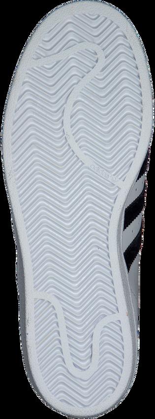 ADIDAS Baskets SUPERSTAR DAMES en blanc - larger