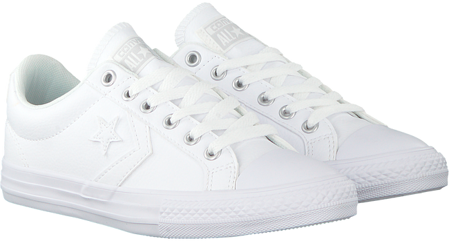 fb4cba2134b Witte CONVERSE Sneakers STAR PLAYER EV OX KIDS - Omoda.be