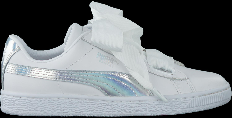 6027e8c8366 Witte PUMA Sneakers BASKET HEART EXPLOSIVE - large. Next