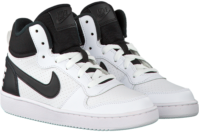 NIKE Baskets COURT BOROUGH MID (KIDS) en blanc - large