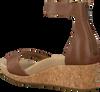 UGG Sandales ZOE II en marron  - small