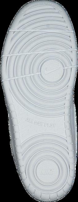 NIKE Baskets basses COURT BOROUGH LOW 2 (PS) en blanc  - large
