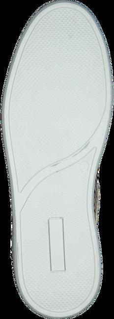 FRED DE LA BRETONIERE Baskets basses 101010130 FRS0673 en blanc  - large