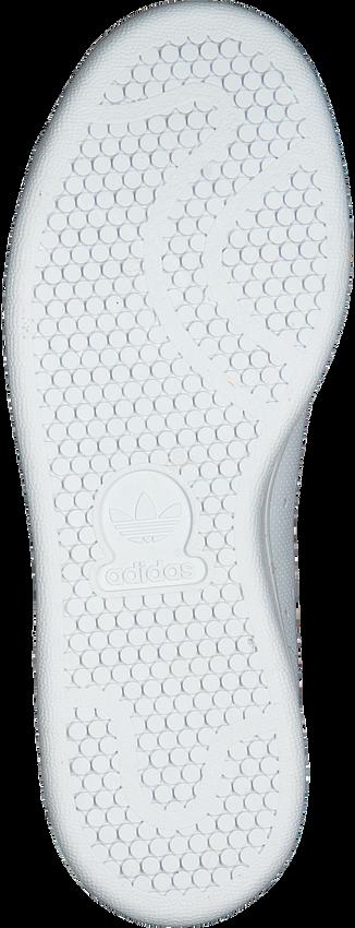 ADIDAS Baskets STAN SMITH J en blanc - larger