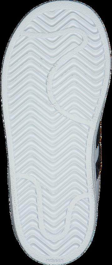 ADIDAS Baskets SUPERSTAR CF I en blanc - larger