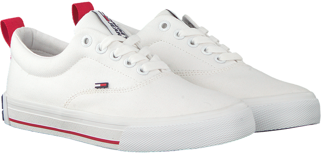 Witte TOMMY HILFIGER Lage sneakers LOWCUT ESSENTIAL  - large