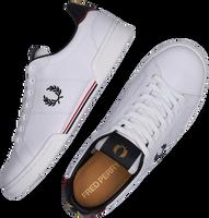 Witte FRED PERRY Lage sneakers B1252  - medium