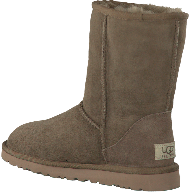 UGG Bottes fourrure CLASSIC SHORT en marron - large