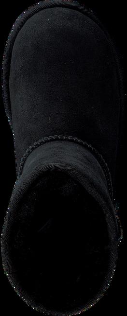 UGG Bottes fourrure CLASSIC II KIDS en noir - large