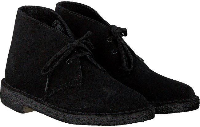 CLARKS Bottines à lacets DESERT BOOT DAMES en noir - large