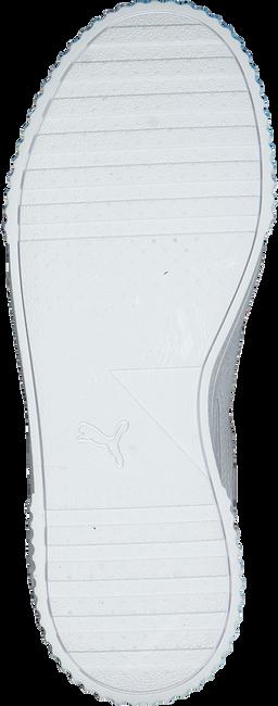 PUMA Baskets CARINA L en blanc  - large