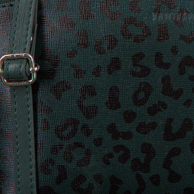 LOULOU ESSENTIELS Sac bandoulière 06POUCH en vert  - large