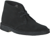 CLARKS Bottillons DESERT BOOT DAMES en noir - small