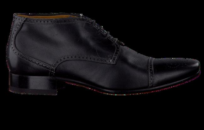 GIORGIO Chaussures à lacets HE4726 en noir - large