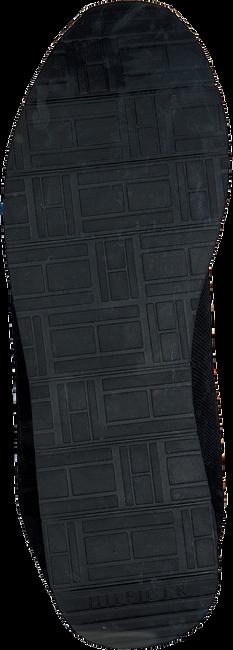 TOMMY HILFIGER Baskets basses CORPORATE RUNNER en noir  - large