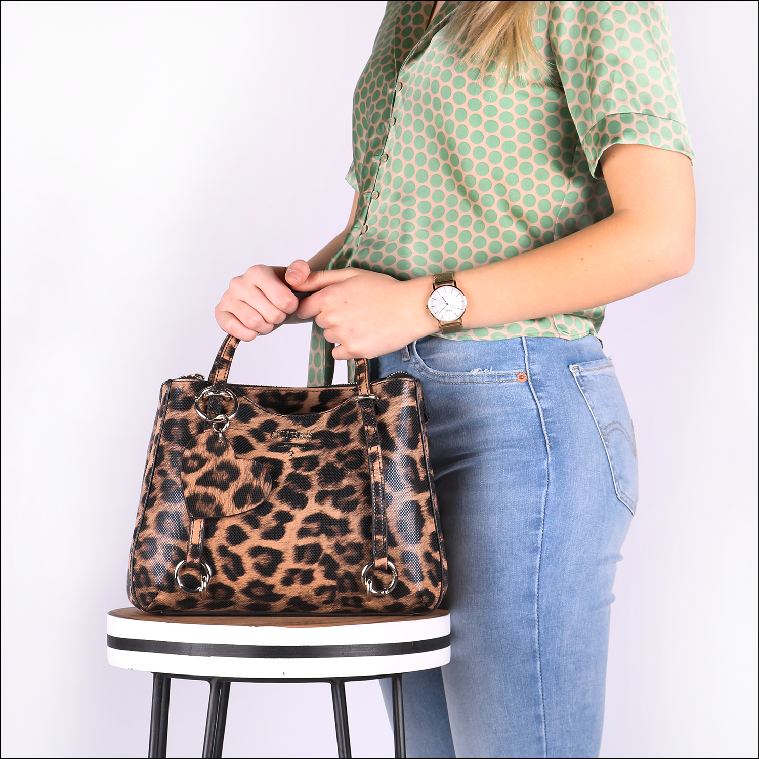 Sac Omoda À Main En Leanne Guess Small Satchel Society Marron BexCrdoW