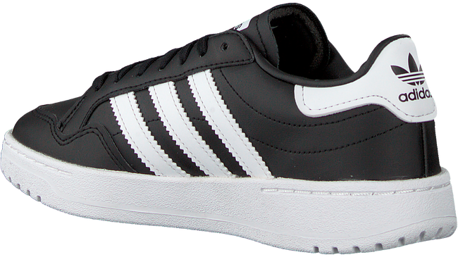 ADIDAS Baskets basses TEAM COURT J en noir  - large