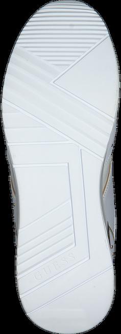 GUESS Baskets basses REJJY en blanc  - large