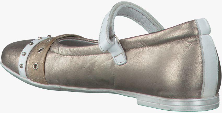 gold GIGA shoe 7641  - larger