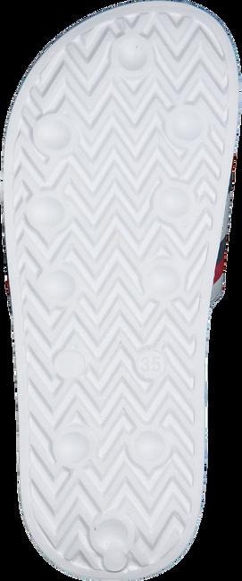 TOMMY HILFIGER Claquettes MAXI LETTERING PRINT POOL SLID en blanc  - large