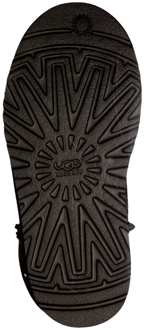 UGG Bottes fourrure CLASSIC KIDS en marron - large