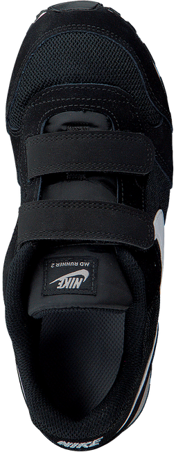 NIKE Baskets MD RUNNER 2 (PSV) en noir - large