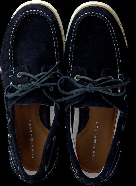 TOMMY HILFIGER Chaussures à enfiler CLASSIC BOATSHOE en bleu  - large