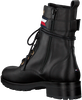 Zwarte TOMMY HILFIGER Veterboots CORPORATE RIBBON  - small