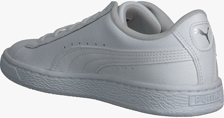 PUMA Baskets BASKET CLASSIC LFS en blanc - larger