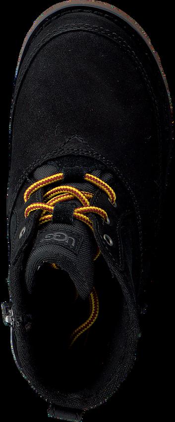UGG Baskets BRADLEY en noir - larger