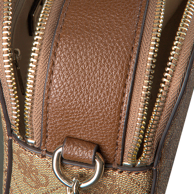 GUESS Sac bandoulière CATHLEEN CAMERA BAG en marron  - large