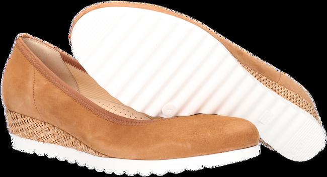 GABOR Chaussures à enfiler 641 en marron  - large