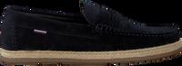 TOMMY HILFIGER Chaussures à enfiler CASUAL DRIVER en bleu  - medium